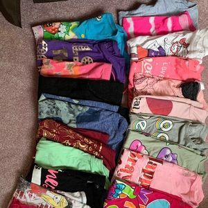 Lot of 20 girls juniors T-shirts tops 14/16